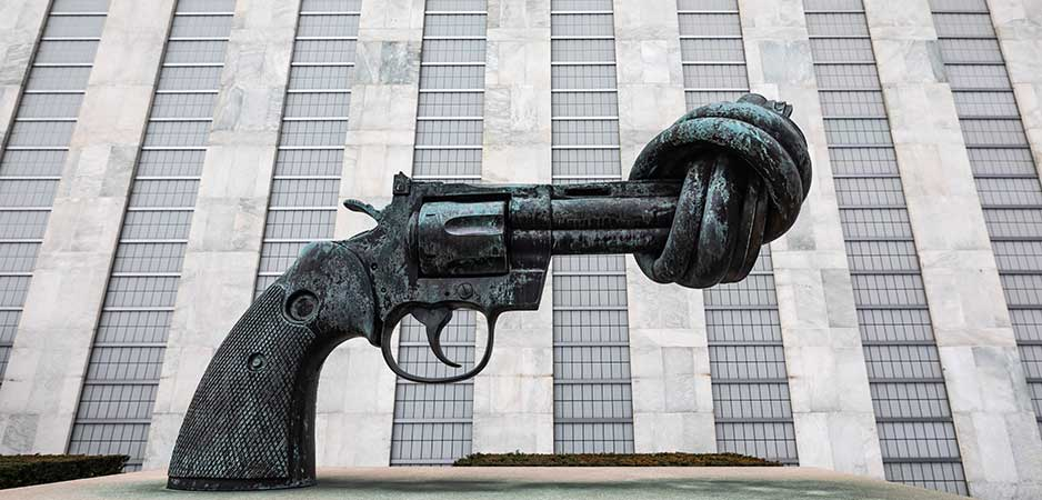 The Knotted Gun- Mahatma Gandhi- Non violence